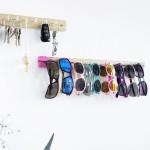 Kreative Lösung zur Aufbewahrung von Sonnenbrillen und ein Schlüsselbrett