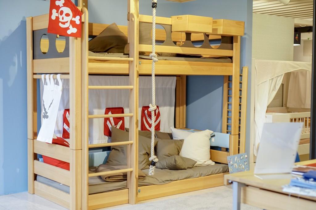 de breuyn ein kinderm belhersteller der funktionalit t style und nachhaltigkeit vereinbart. Black Bedroom Furniture Sets. Home Design Ideas
